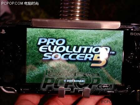 PSP 实况足球9 实际运行画面
