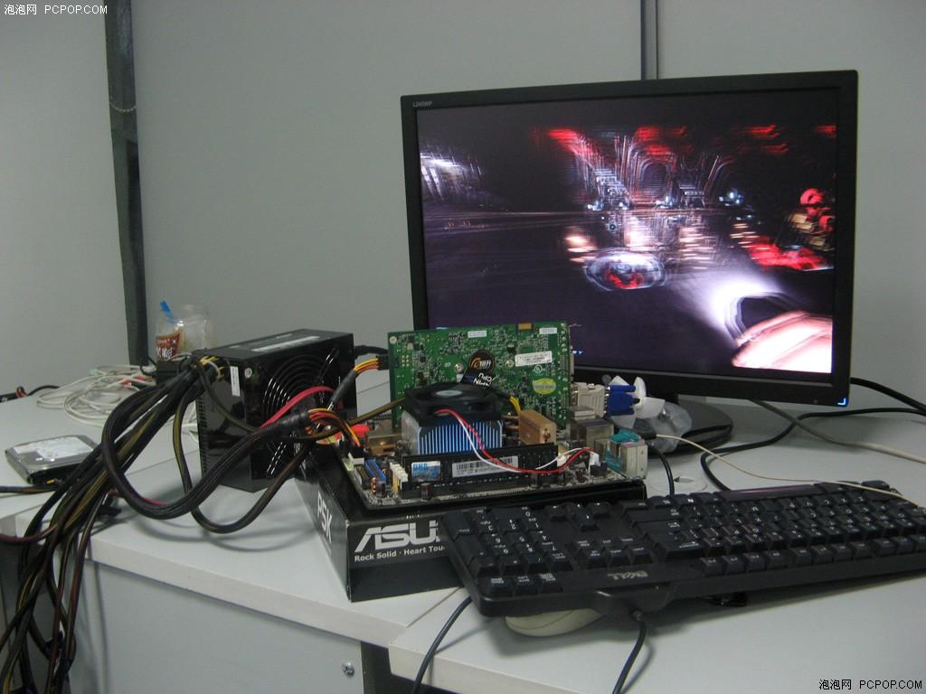 视频直击 AMD双核 纯裸奔 强度测试图片2 PCPOP电脑时尚