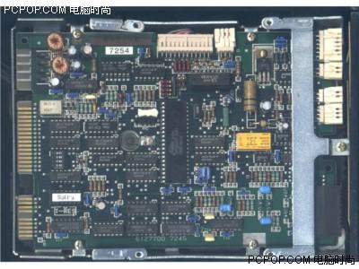 000042074 - 50年变大了八万倍!超经典硬盘发展史