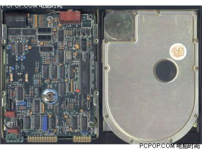 000042077 - 50年变大了八万倍!超经典硬盘发展史