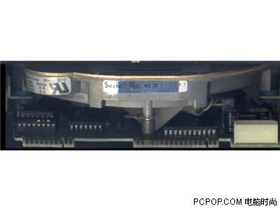 000042084 - 50年变大了八万倍!超经典硬盘发展史
