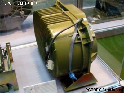 000042123 - 50年变大了八万倍!超经典硬盘发展史