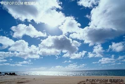 拥抱沙滩大海 蓝白相间的mp3清凉导购